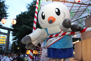 みたま祭りでゆりーと音頭.JPG